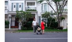 Cho thuê biệt thự Mỹ Giang Phú Mỹ Hưng nội thất đầy đủ, nhà đẹp, gần cầu Ánh Sao