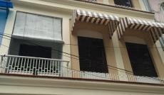 Bán nhà MT đường Nguyễn Văn Thủ, P Đakao Q1