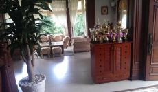 Thuê nhanh biệt thự Phú Gia, Phú Mỹ Hưng quận 7 diện tích rộng có sân vườn, hồ bơi