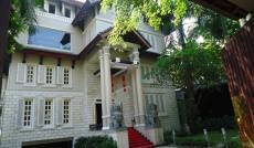 Đi nước ngoài cần bán nhà villa, hẻm xe hơi Phùng Khắc Khoan