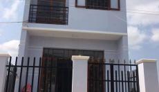 Cần tiền nên bán gấp nhà 1 lầu, 3PN, gần UBND Hưng Long, SHR, giá 480 triệu, LH 01638986413