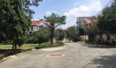 Bán gấp nhà nát khu BT Nam Long, Q.12; 8.5 x 18, giá: 4.7 tỷ