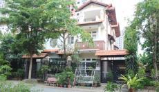 Cần tiền bán gấp nhà hẻm xe hơi đường Võ Văn Kiệt, phường Cô Giang, Quận 1