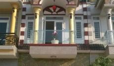 1/ Bán nhà MT đường Nguyễn Đình Chiểu Q3, DT: 3.2x13m, trệt + 2 lầu + ST