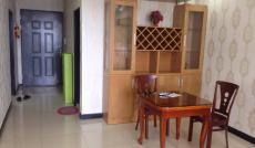 Cần cho thuê gấp chung cư Âu Cơ Tower Quận Tân Phú, lầu 11, DT 65m2, 2 PN, 1WC, giá 9,5 tr/th