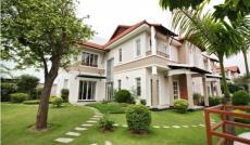 Biệt thự Mỹ Gia, Phú Mỹ Hưng, nội thất đẹp, nhà thiết kế 5PN, có sân vườn giá 27tr/tháng;0918889565