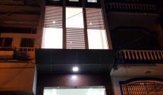 Cho thuê nhà MT Tôn Đản, Q. 4, DT: 6x30m, trệt, lửng, 2 lầu, giá thương lượng