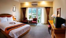 Bán tháo khách sạn mặt tiền Phan Đình Phùng 13 tỷ thu nhập trên 100 triệu/tháng