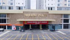 Bán căn hộ Oriental Plaza 2PN 2,2 tỷ, CK 2%, tặng 10 triệu + miễn phí 1 năm PQL. LH: 090.2629.118