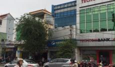 Vỡ nợ cần bán gấp nhà vị trí tuyệt đẹp nằm mặt tiền Huỳnh Tấn Phát Nhà Bè, DT 6x25m. Giá 14 tỷ