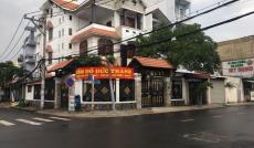 Cần bán nhanh căn biệt thự lô góc mặt tiền Lâm Văn Bền, Tân Quy, q 7, DT 10x20m, 3 lầu. Giá 22,5 tỷ