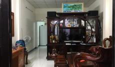 Bán nhà ngay chợ Tăng Nhơn Phú B, gần Đình Phong Phú, giá 2.1 tỷ