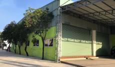 Cho thuê nhà góc 2MT Đỗ Xuân Hợp, Quận 9, DT 11x25m, nhà cấp 4, giá 45tr/th
