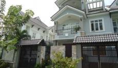 Bán  2 lô biệt thự vườn 7tr/m2 , 200m2 , ngay trung tâm TP Tân An