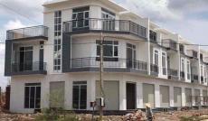 Bán nhà 1 trệt 2 lầu, giá 1 tỷ 7, tại đường Phan Văn Hớn, Hóc Môn, SHR