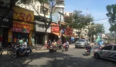 Cho thuê nhà góc 2 mặt tiền đường Trần Phú với Nguyễn Tri Phương, Quận 10.