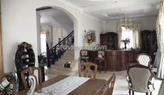 Bán biệt thự Thảo Điền, diện tích 1200m2, có sổ hồng 5PN, 7WC, hồ bơi sân vườn, đầy đủ nội thất
