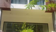 Cần cho thuê nhà phố kinh doanh, ngã 4 Bùi Bằng Đoàn và Phan Khiêm Ích. Giá 56tr, LH: 0919552578