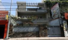 Cho thuê nhà MT Nguyễn Văn Đậu, Q.PN, DT: 6.5x25m NH12m, 1 trệt, 2 lầu. Giá: 60tr/th