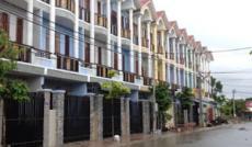 Bán gấp nhà phố Hóc Môn, giá rẻ, 60m2, 1 trệt + 2 lầu, 2.7 tỷ