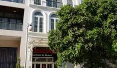 Cho thuê nhà phố Mỹ Toàn 1, Phú Mỹ Hưng, đường Phạm Thái Bường, giá 55 tr/th, LH 0942 443 499