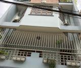 Cần bán gấp nhà HXH vào tận nhà đường Bùi Đình Túy, P. 12, Q. Bình Thạnh chiều ngang trên 5m