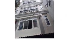 Bán nhà đẹp khu Vip Phú Nhuận, 5 tầng, 42m2, HXH, giá 4 tỷ 8