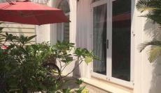 Bán gấp căn villa 37 tỷ, mặt tiền đường Quốc Hương, P. Thảo Điền, Quận 2