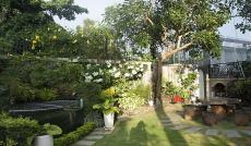 Cần bán gấp căn villa 18 đường 42, P. Thảo Điền, Quận 2. DT: 300m2, giá 27 tỷ