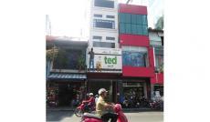 Cho thuê nhà MT Phan Đình Phùng, Q.PN, DT: 3.5x20m, trệt, lửng, 3 lầu. Giá: 63tr/th