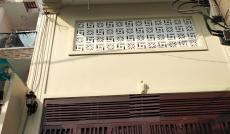 Cho thuê nhà đường Tân Sơn Nhì, 4x14m, 1 lầu nhà đẹp, giá 17 triệu