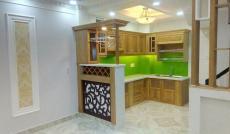 Cần bán nhà mặt tiền Đường D5 P.25 Q.Bình Thạnh, DT: 4x20, nhà trệt 1 lầu giá 9.5 tỷ. LH: 0906926519