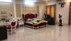 Bán nhà cực kỳ đẹp, nhiều phòng ngủ, mặt tiền Nhiêu Tứ, Phú Nhuận