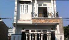 Nhà MT gần UBND huyện Hóc Môn, 1 trệt + 1 lầu, đường thông Quốc Lộ 22, vỉa hè công viên trước nhà