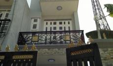 Bán nhà Quận Phú Nhuận, MT đường Phan Xích Long, DT: 155.8m2
