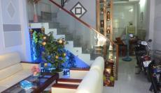 Bán gấp nhà HXH 8m Huỳnh Văn Bánh, 4x16m, 1 trệt 1 lầu, giá chỉ 9 tỷ