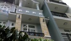 Cần bán biệt thự cổ điển Quận 7, 1 trệt 2 lầu, DT: 5x18m, 2 lầu, giá 12.5 tỷ