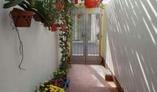 Cho Thuê Nhà Nguyên Căn MT Huỳnh Khương Ninh, Quận 1: 4 x 18m, 3 tầng