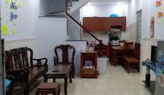 Cho thuê lại nhà hẻm C4 đường Phạm Hùng, Quận 8.