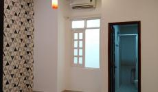 Cho thuê nhà CMT8 trệt 2 lầu 4x25m 6 phòng. Giá 32tr