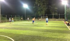 Sang nhượng sân bóng đá mini cỏ nhân tạo 2000m2 (2 sân 5 người)